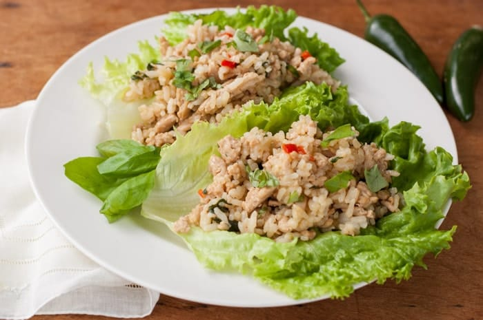 Spicy Chicken Lettuce Wraps - thekitchensnob.com