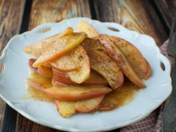 Sugar Free Baked Apple Slices - spiced with a devilish butter sauce! Perfect recipe for the Fed Up Challenge.